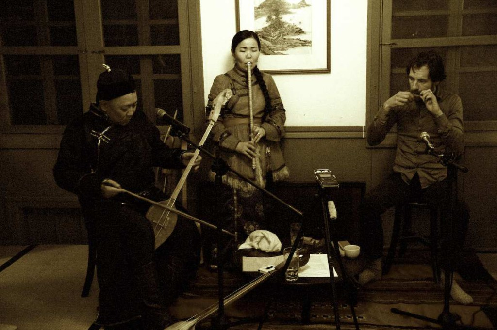 Otkun Dostay, Choduraa Tumat & me at Wistaria Teahouse (photo by Ewan Kuo)